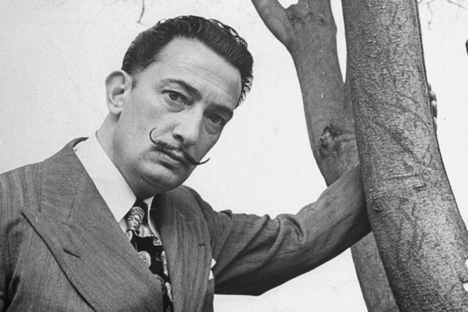 Restos de Dalí serão exumados para teste de paternidade